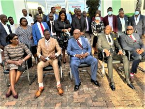 Founding president Hon Dr Chiyangwa (centre) and Immediate past president Dr Chiwanza (second form right}with the incoming executive mebes last Friday.